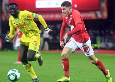 romain-perraud-course-brest-fc-nantes-abdoulaye-toure
